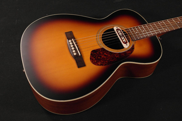PC - Guild M-240E Troubadour Vintage Sunburst with bag (160)