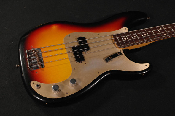 Fender Custom Shop 1959 Precision Bass Journeyman Relic - Rosewood Fingerboard - 2-Tone Sunburst