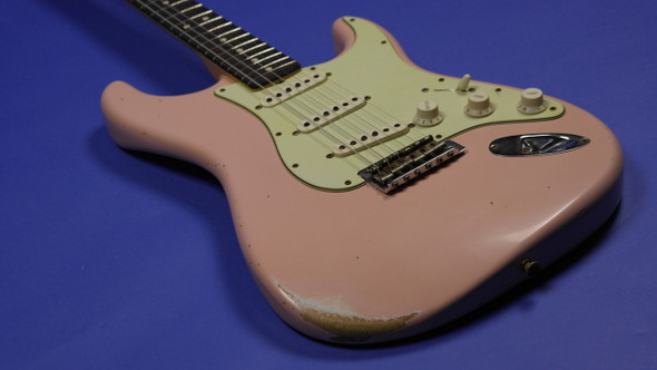 Fender Custom Shop 1963 Custom Stratocaster Relic - Faded Shell Pink