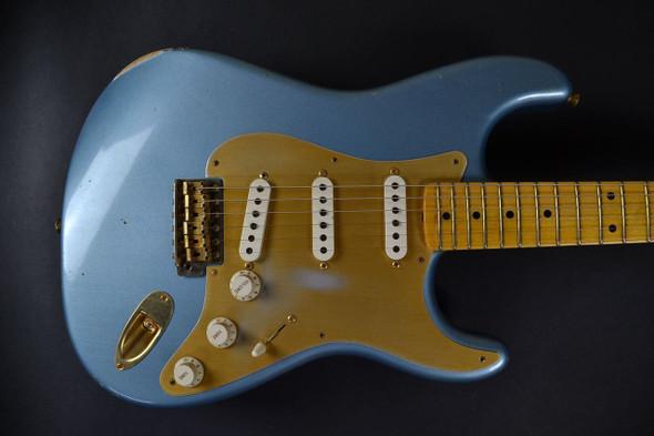Fender Custom Shop 1956 Stratocaster Relic - Ice Blue Metallic 548