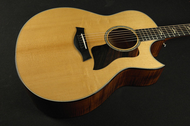 Taylor 618ce Grand Orchestra Cutaway Acoustic/Electric - Natural (071)