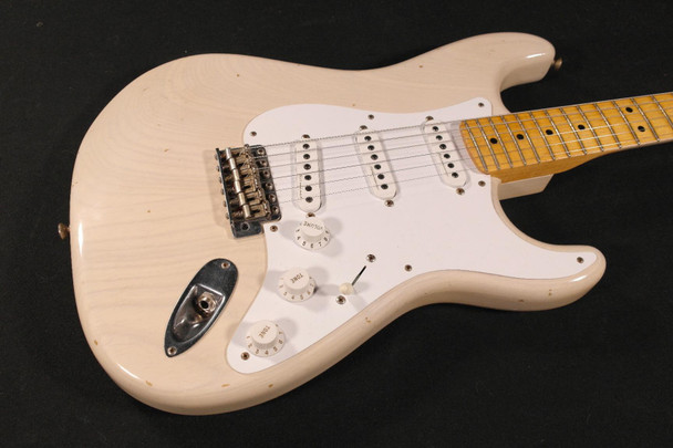 Fender Custom Shop Eric Clapton Signature Stratocaster Journeyman Relic - Maple Fingerboard - Aged White Blonde (1507002801)