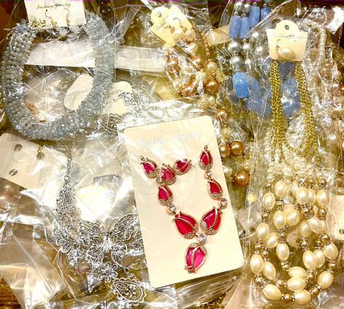 Boutique Jewelry Sample Sale - 100 Pieces