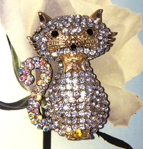 Crystal Sitting Pretty Kitty Pin at Wholesale