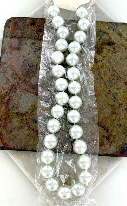 Wholesale 15 CM Glass Pearl Necklaces by the Dozen