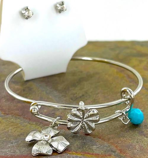 Wholesale Bangle Bracelet Sets by the Dozen - Silver Clover