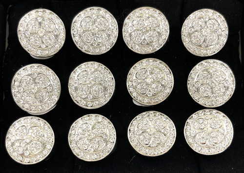 Wholesale Sized Rings by the Dozen - Clover Medallion
