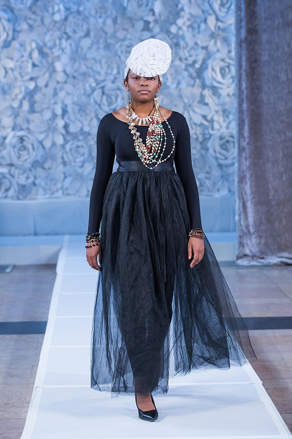 zuri-perle-at-kansas-city-fashion-week-model-8-wearing-handcrafted-african-inspired-accessories-made-in-dallas-texas.jpg