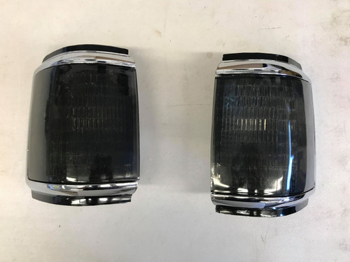 Smoked Corner Lights, Bricknose, 87-91 Ford F-Series & Bronco (CP-SMKC-BN)
