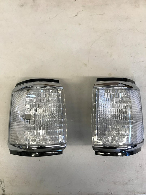 Clear Corner Lights, Bricknose, 87-91 Ford F-Series & Bronco (CP-SMKC-BN)