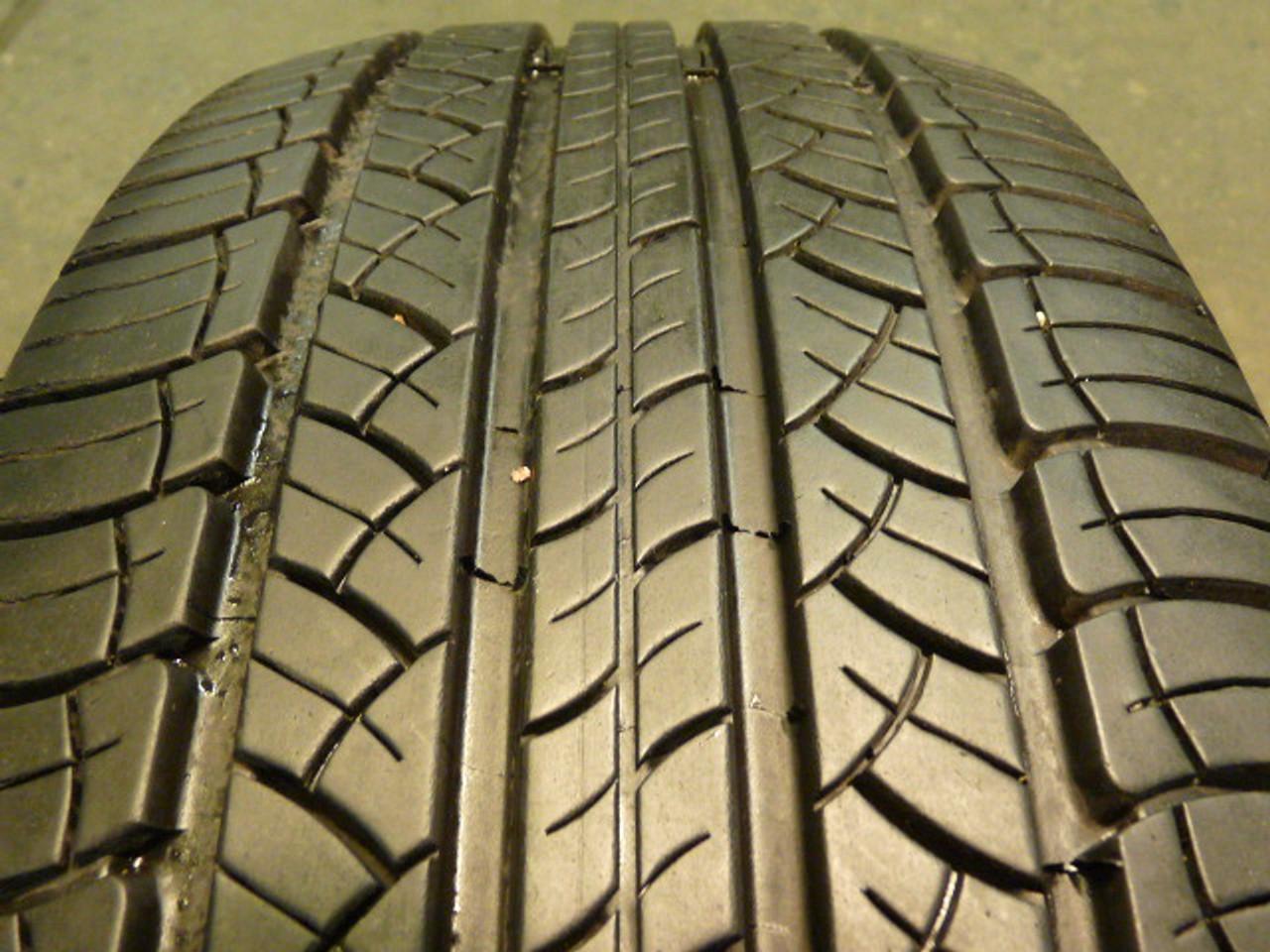 Used Take Off 215 65 16 Michelin Tire P215/65R16