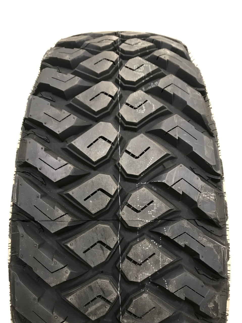 New Tire 285 75 16 Maxxis Razr MT Mud 10 Ply LT285/75R16 40,000 Mile Warranty