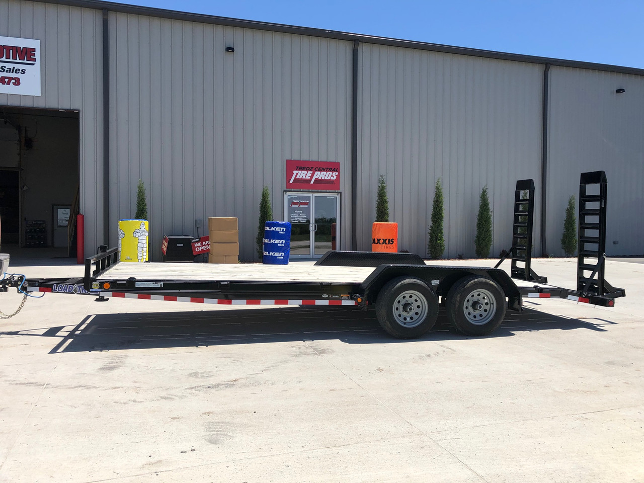 """New Load Trail 83""""x20ft Flatbed Equipment Trailer"""