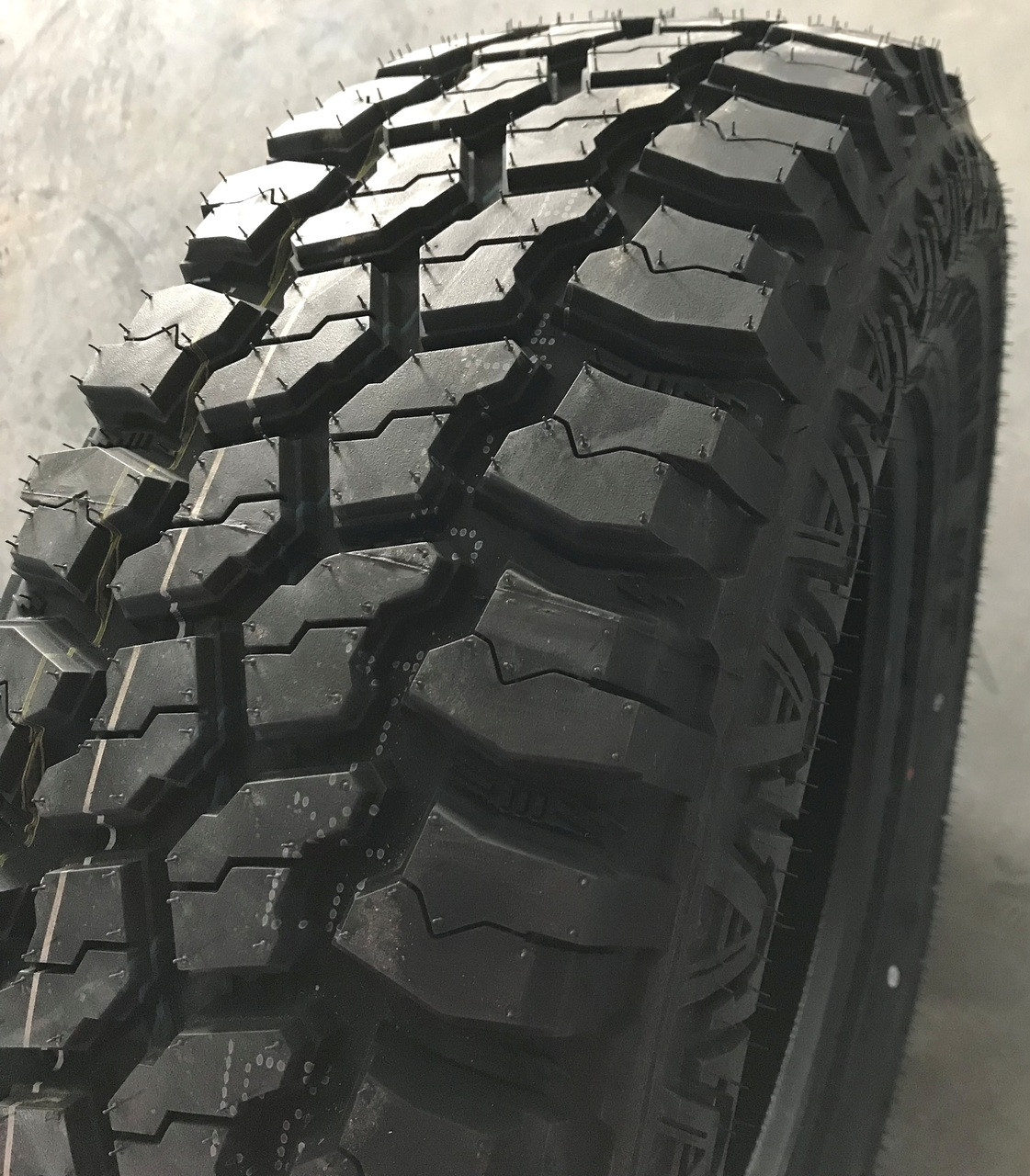 New Tire 37 12.50 20 Mud Claw Extreme MT 12 Ply LT37x12.50R20