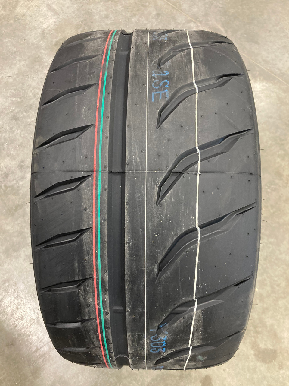 New Tire 315 30 18 Toyo Proxes R888R BSW 98Y 315/30ZR18 Street RR