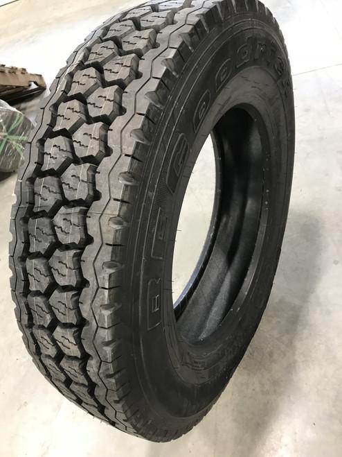 275 80 24.5 BF Goodrich DR444 CSD 14 ply Semi New Tire 275/80R24.5