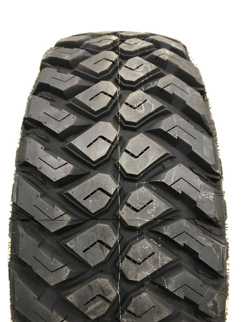 New Tire 33 10.50 15 Maxxis Razr MT Mud 6 Ply LT33x10.50R15 40,000 Mile Warranty