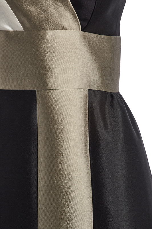 The Sinclair Dress detail — Noir