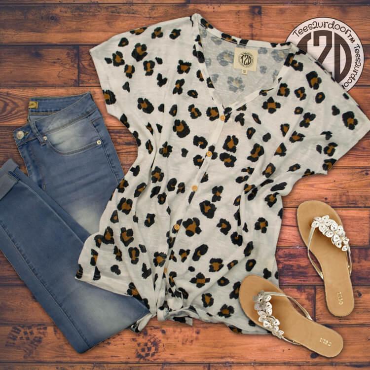Lightweight Slub Tie Top Leopard Flat Image