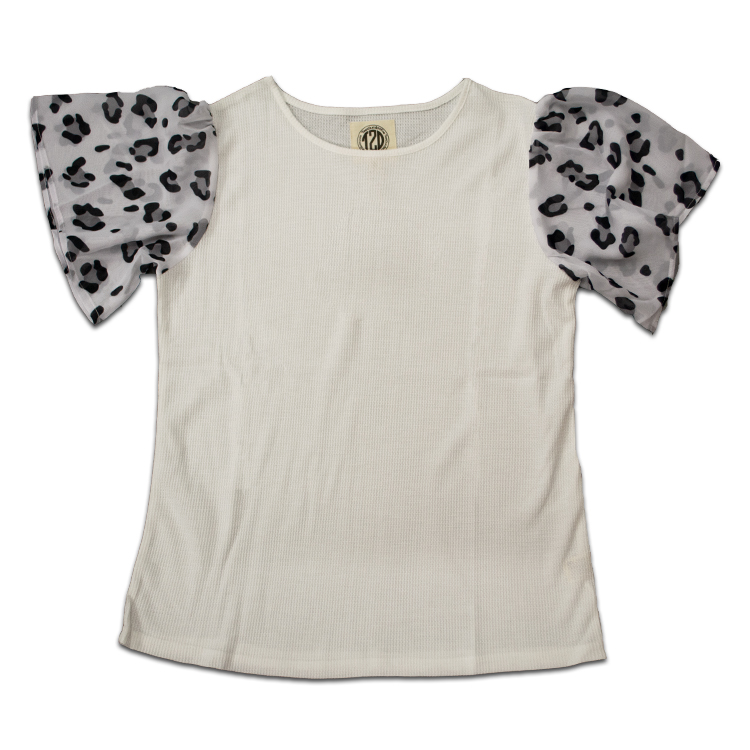 Short Sleeve Waffle Top Black and White Leopard Product Image