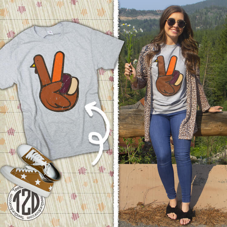 Peace Sign Turkey Thanksgiving T-Shirt Product Image