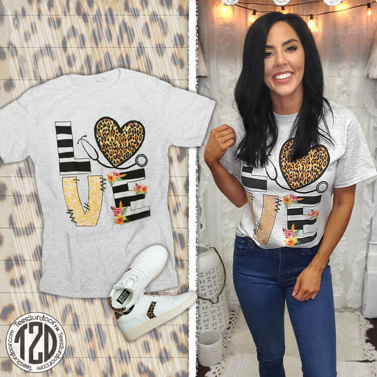 Love Leopard Heart Nurse T-Shirt Product Image