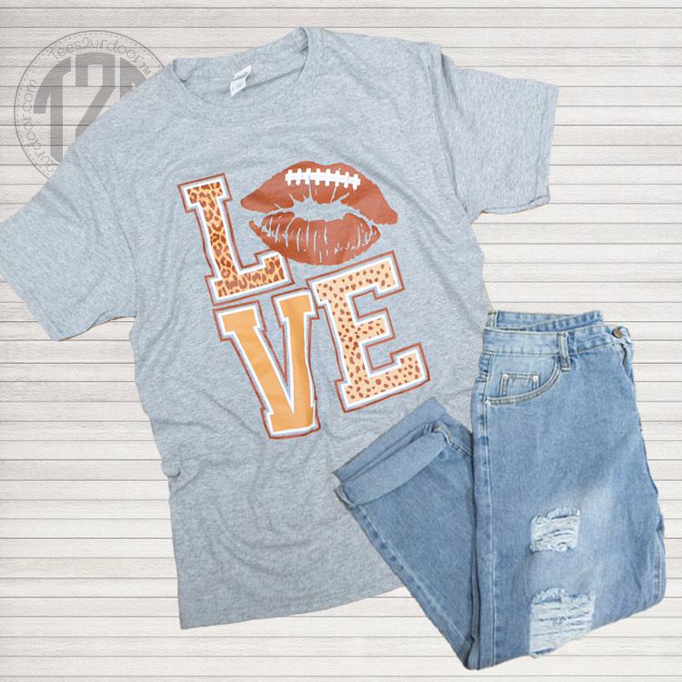 Football Lips Love T-Shirt Athletic Heather Flat