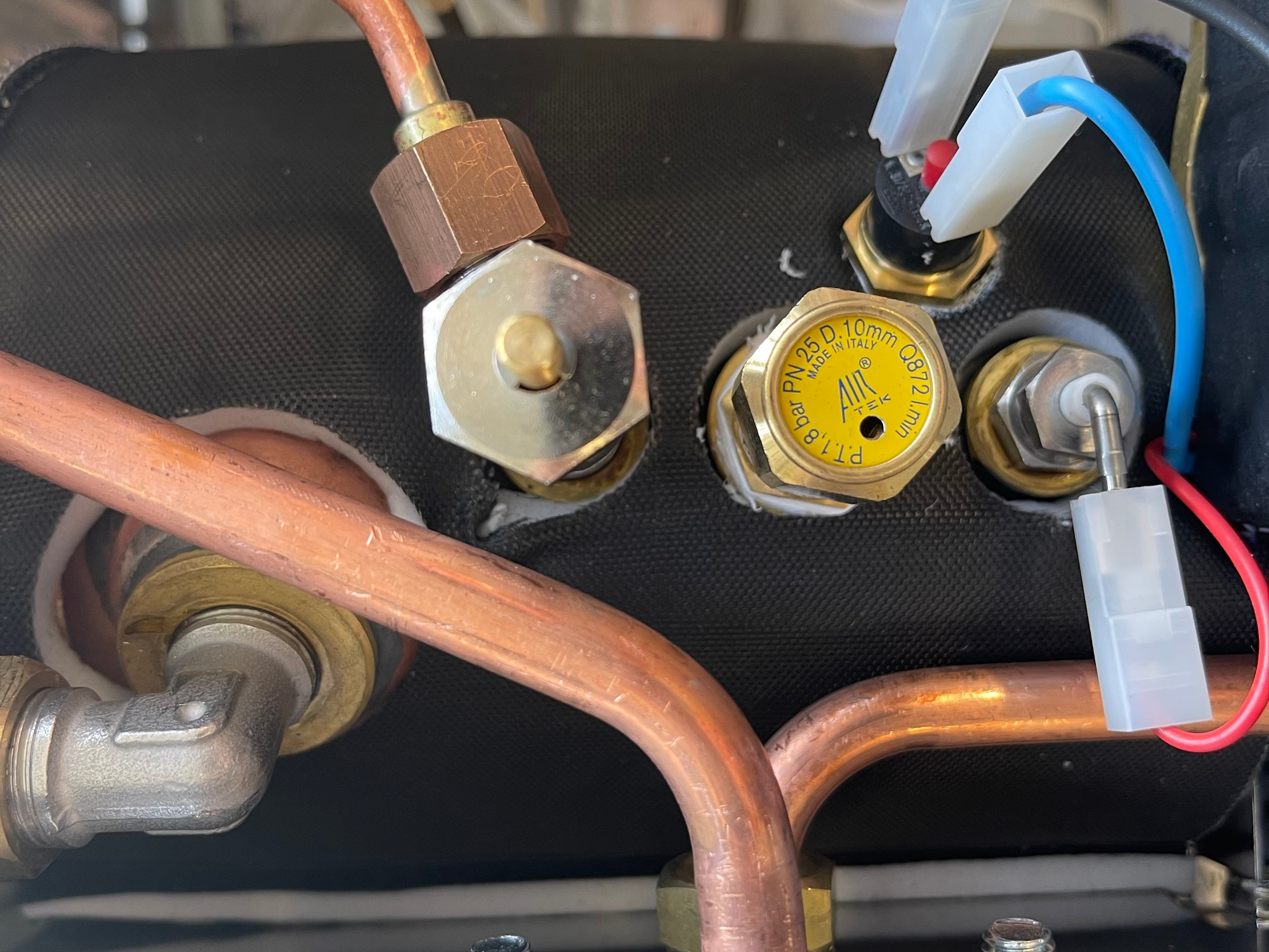 giotto-insulated-boiler.jpg