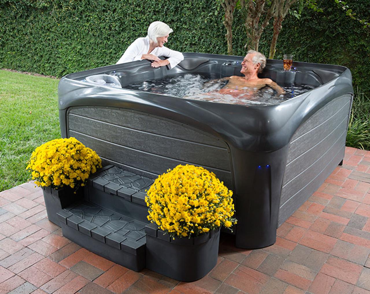 Crossover 730L Hot Tub