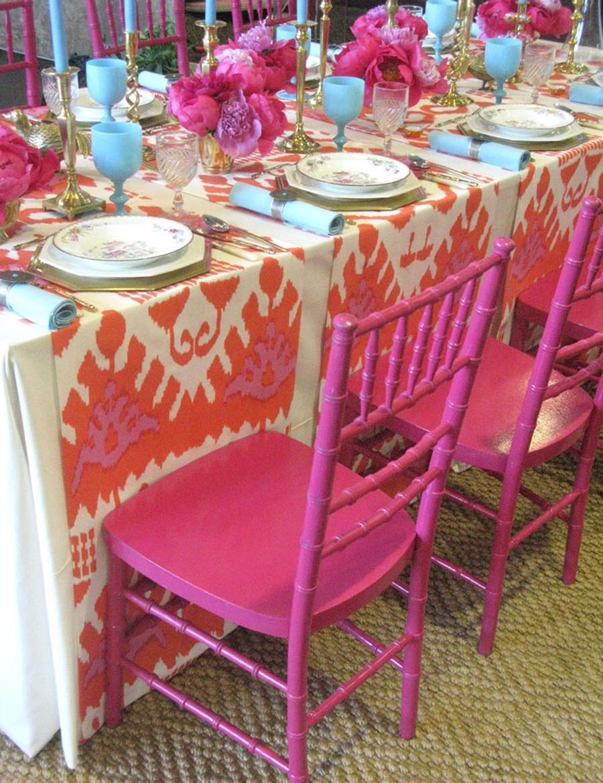 Tablecloth in Kazak in Orange Pink (Eddie Ross)