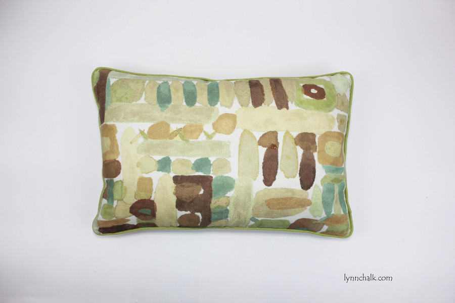 Pillow in Moriyama in Cognac with green welting