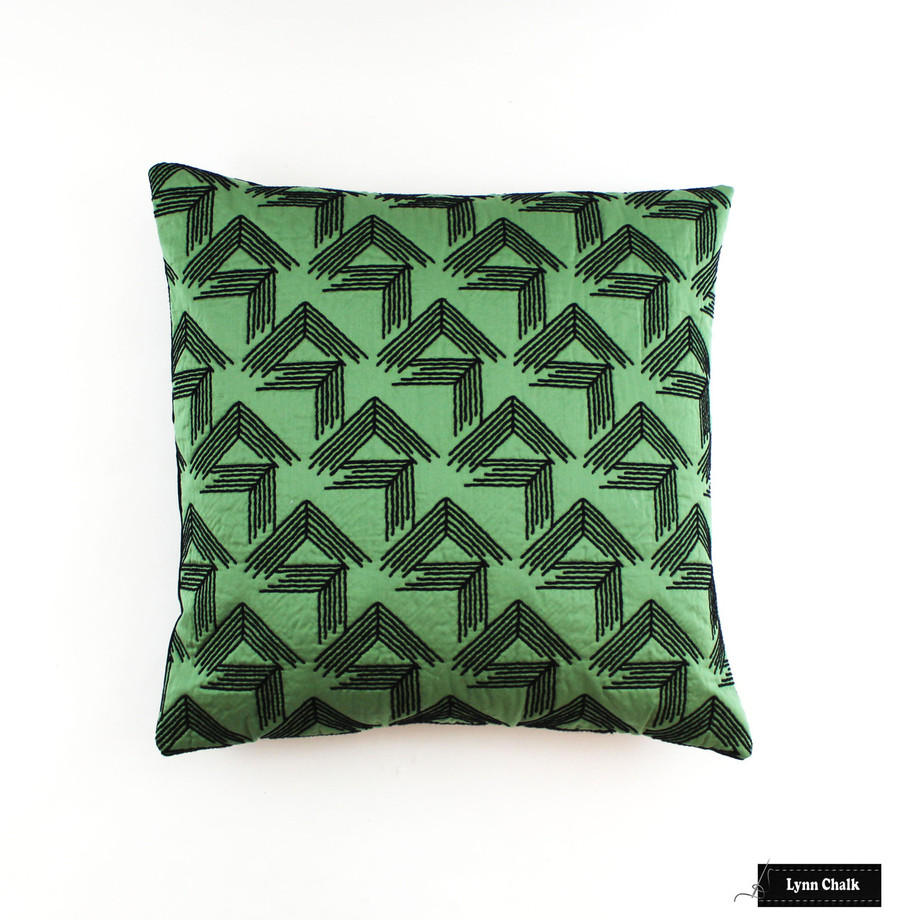 V Step in Loden (20 X 20 Pillow)