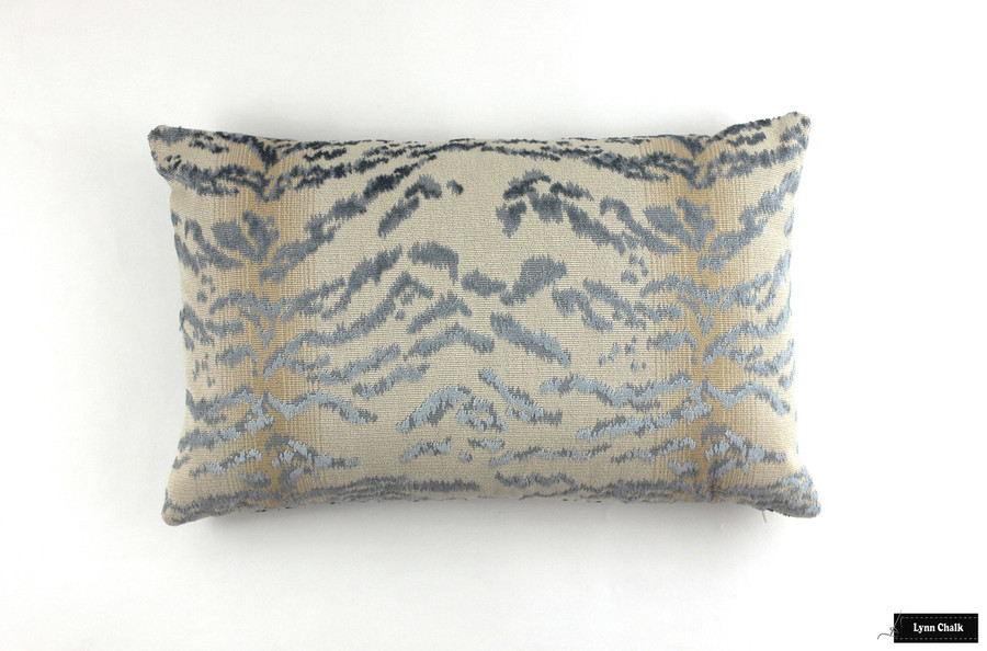 Pillow in Cowtan Rajah Blue (14 X 24)