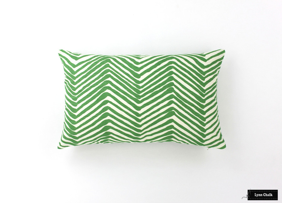 Pillow in Zig Zag Leaf on Tint (14 X 22)