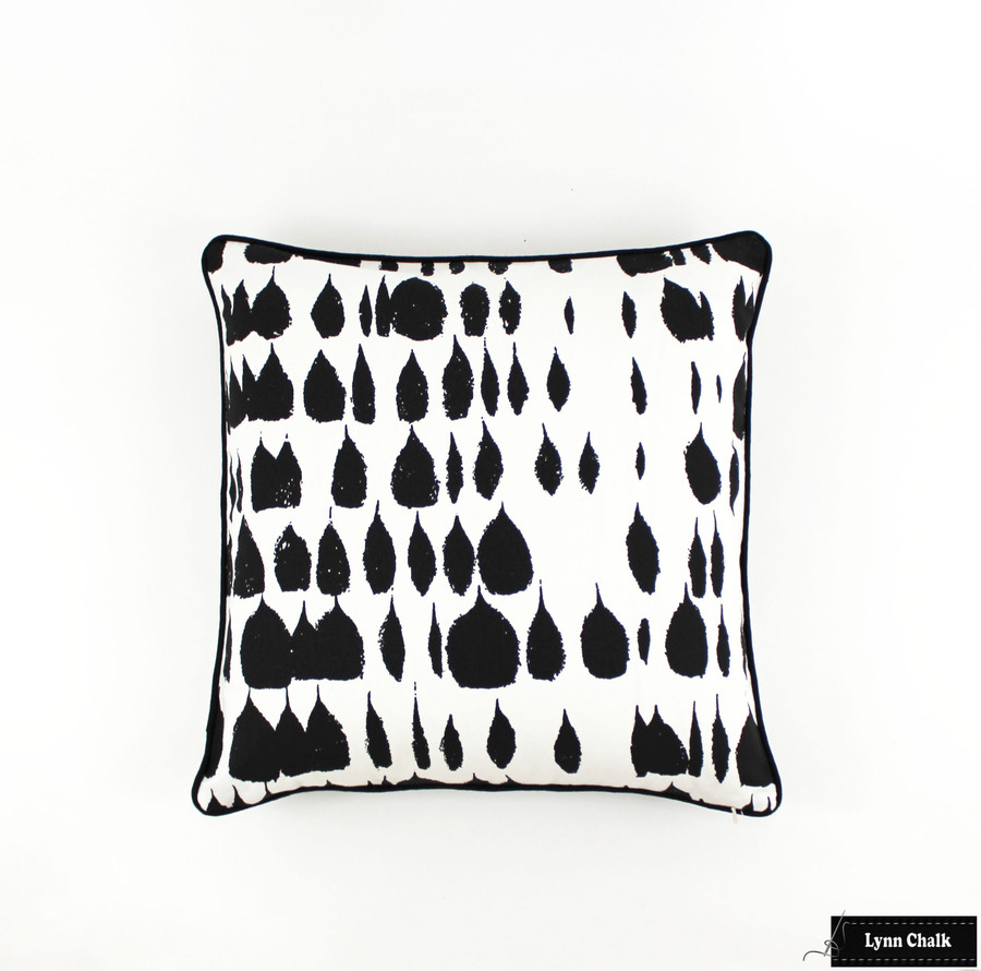 Pillow in Queen of Spain Black with Black Welting (20 X 20)