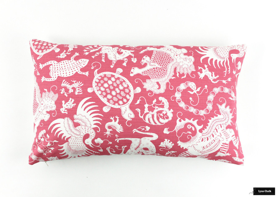 Pillow in Indramayu Reverse Dark Pink on White