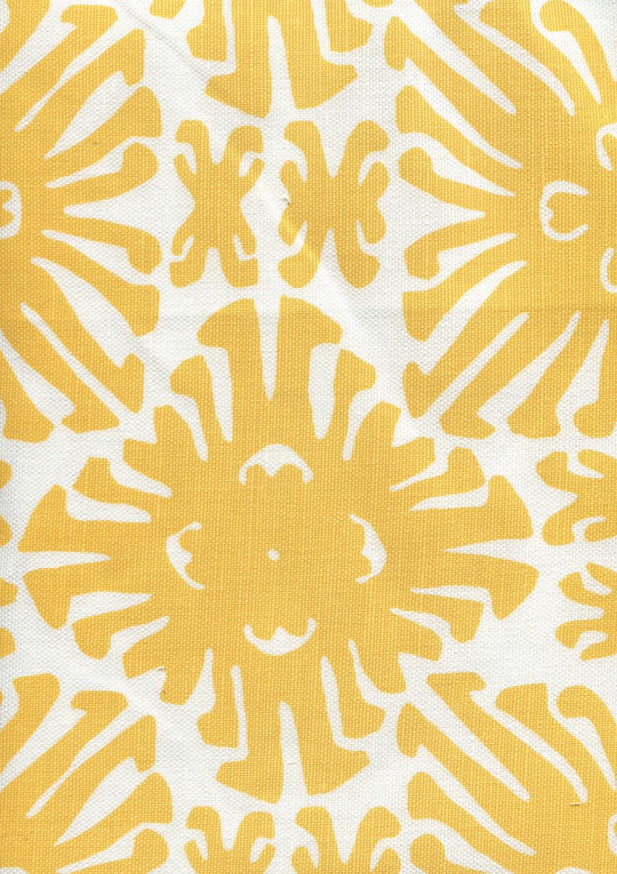 Sigourney Small Scale Yellow on white 2475 03