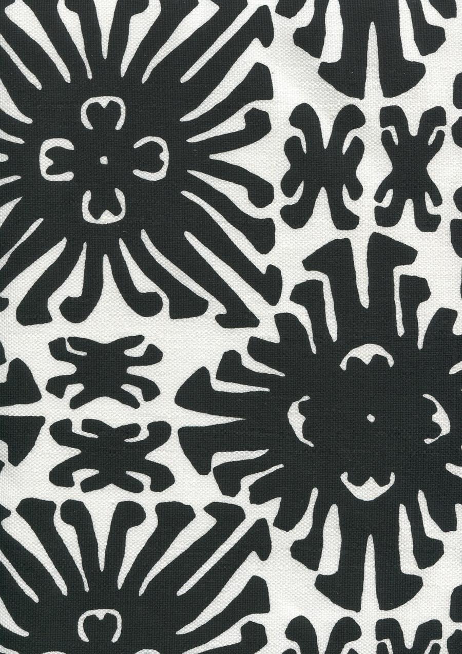 Sigourney Small Scale Black on white 2475 09