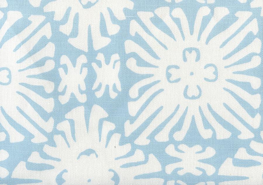 Sigourney Reverse Small Scale New Blue on white 2485 12