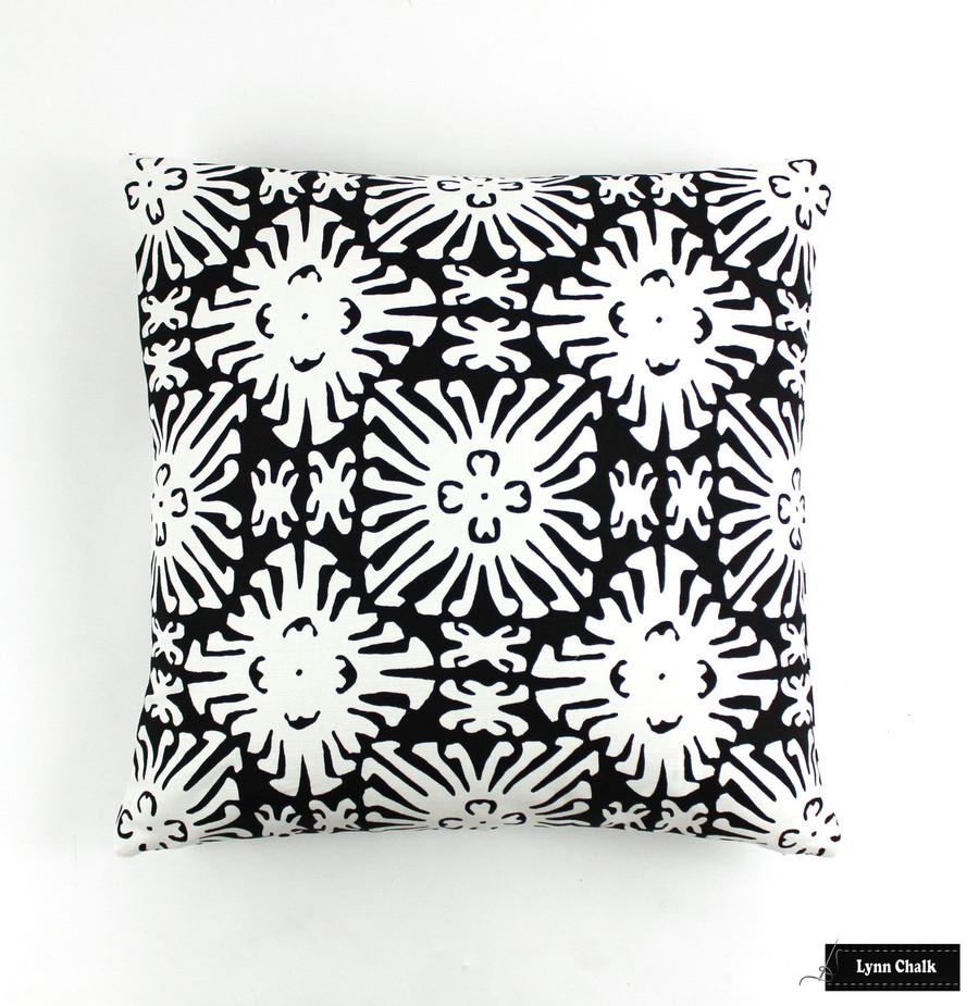Quadrille China Seas Sigourney Reverse Small Scale Black on white 2485 09