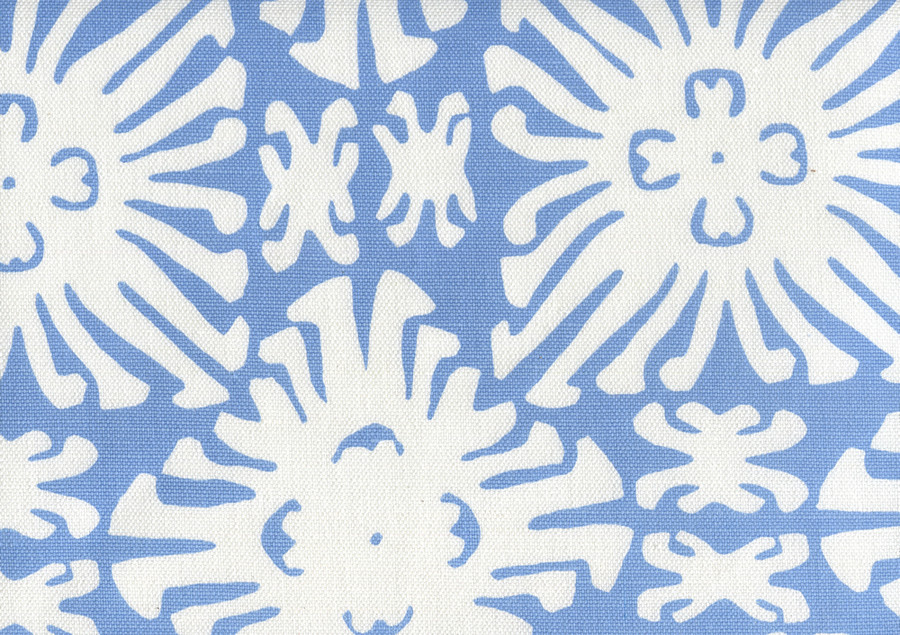 Sigourney Reverse Small Scale French Blue on white 2485 10