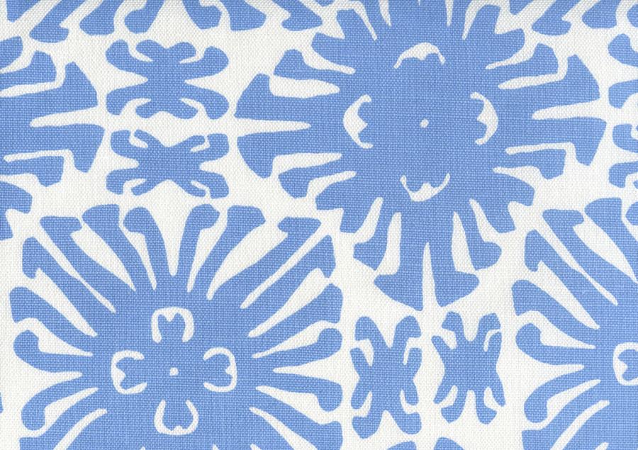 Sigourney Small Scale French Blue on white 2475 10