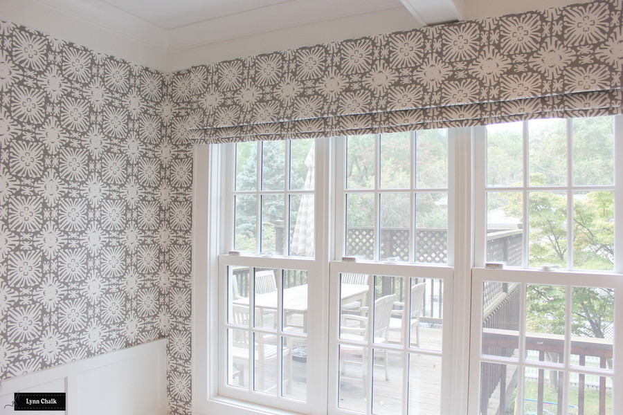Quadrille Sigourney Reverse Grey on White Small Scale Wallpaper and Matcing Roman Shade
