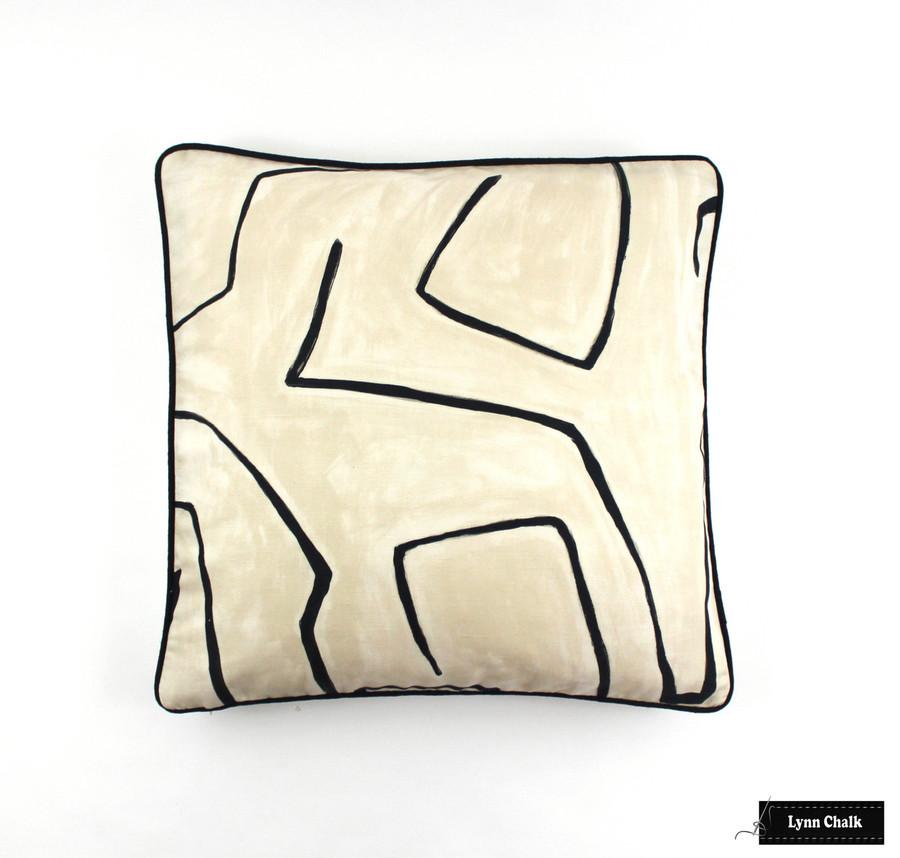 Kelly Wearstler Graffito Pillow in Linen/Onyx with Black Welting (20 X 20)