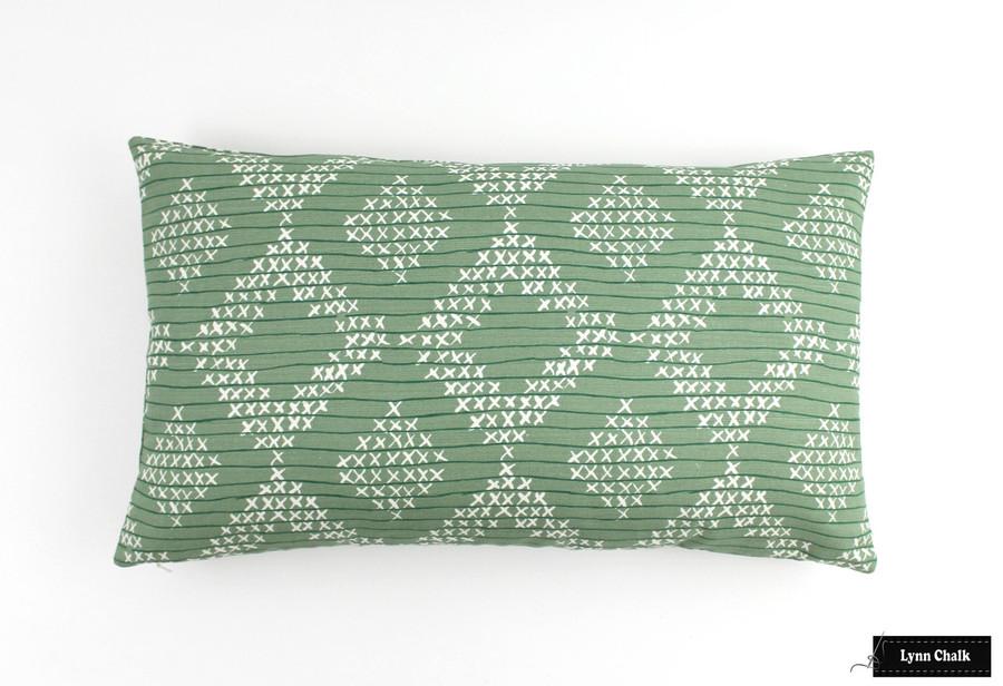 Sister Parish Pocantico in Fern 14 X 24 Pillow