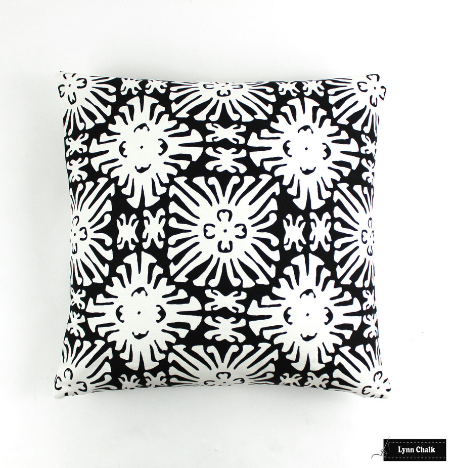 Quadrille Sigourney Reverse Small Scale Black on White 2485 09 Pillow (20 X 20)