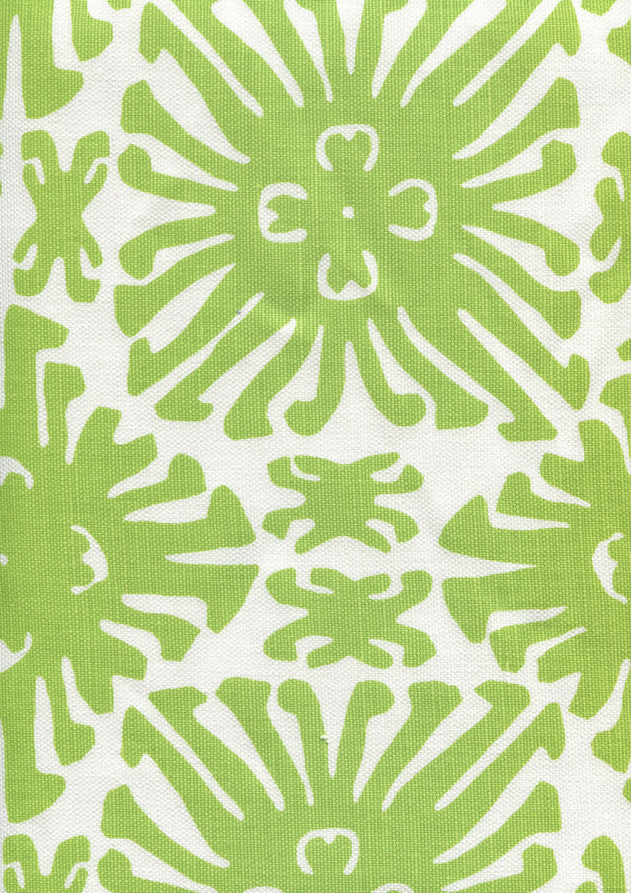Sigourney Small Scale Jungle Green on white 2475 02