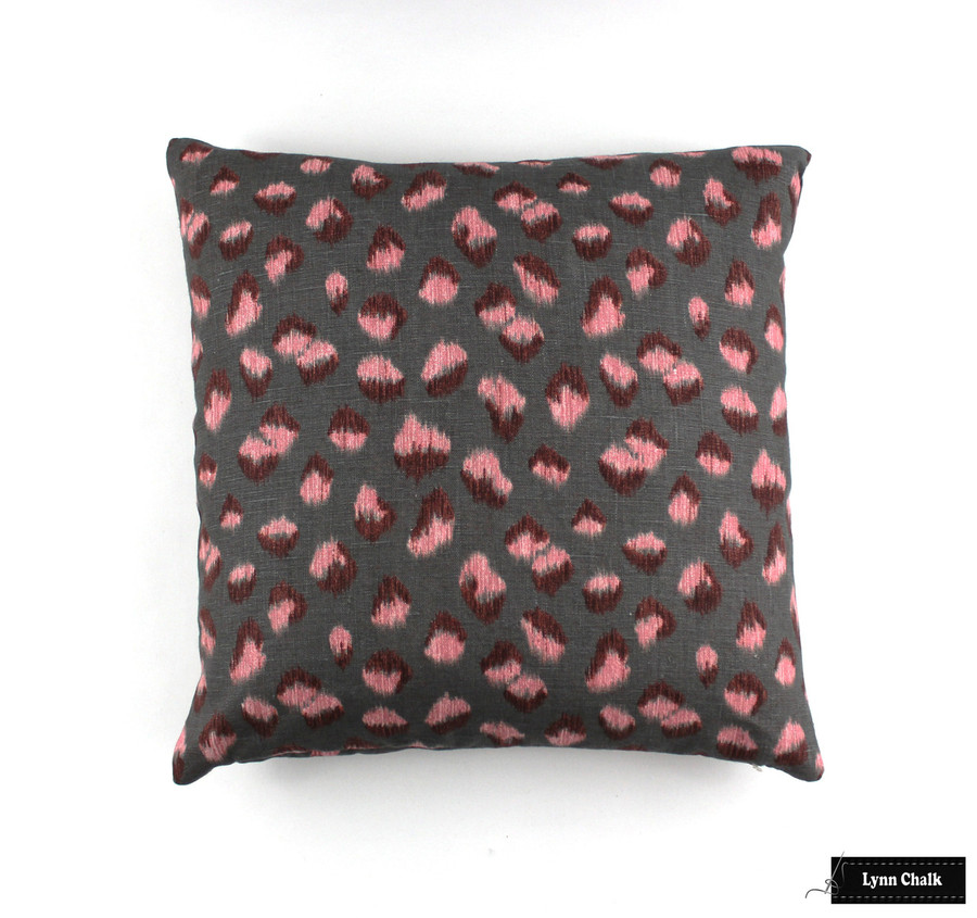 Pillow in Kelly Wearstler Feline Rose Graphite