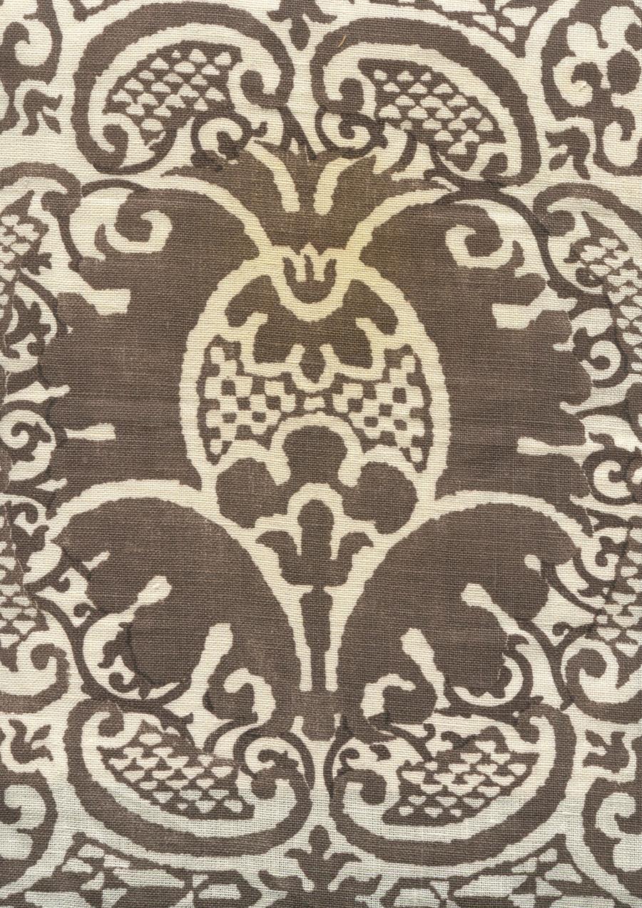 Veneto Brown on Tint