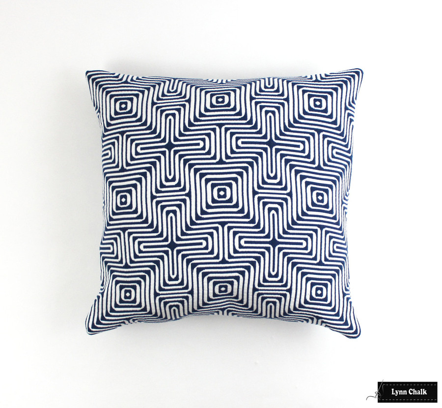 Schumacher Amazing Maze Ocean Pillow (20 X 20)